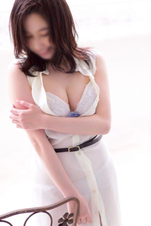 フーゾク嬢厳選図鑑~フーゾク記者オススメの癒し美人~松さん【大阪府】